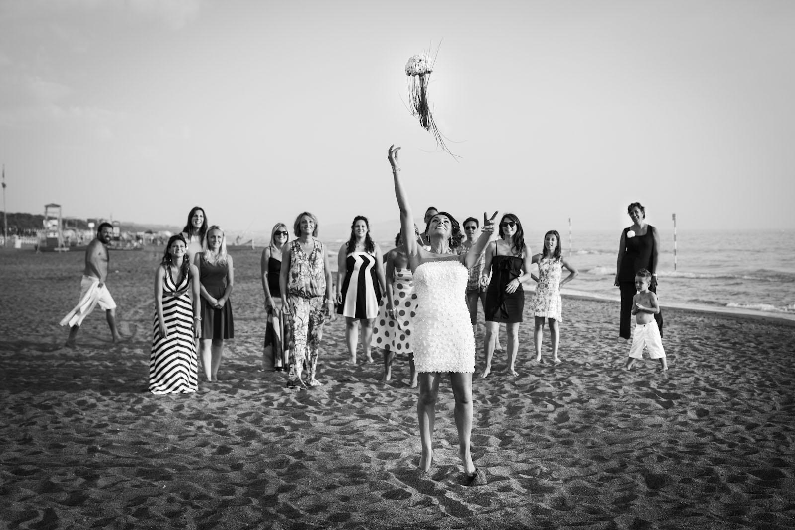Matrimonio in spiaggia Toscana