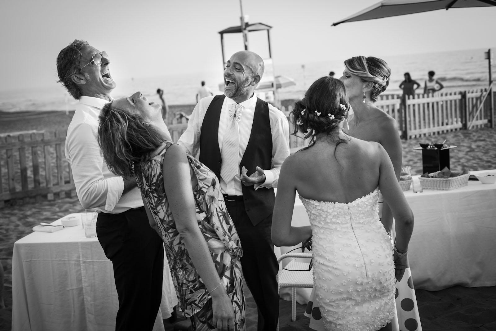 Matrimonio In Spiaggia Rimini : Cinque idee per allestire un matrimonio in spiaggia