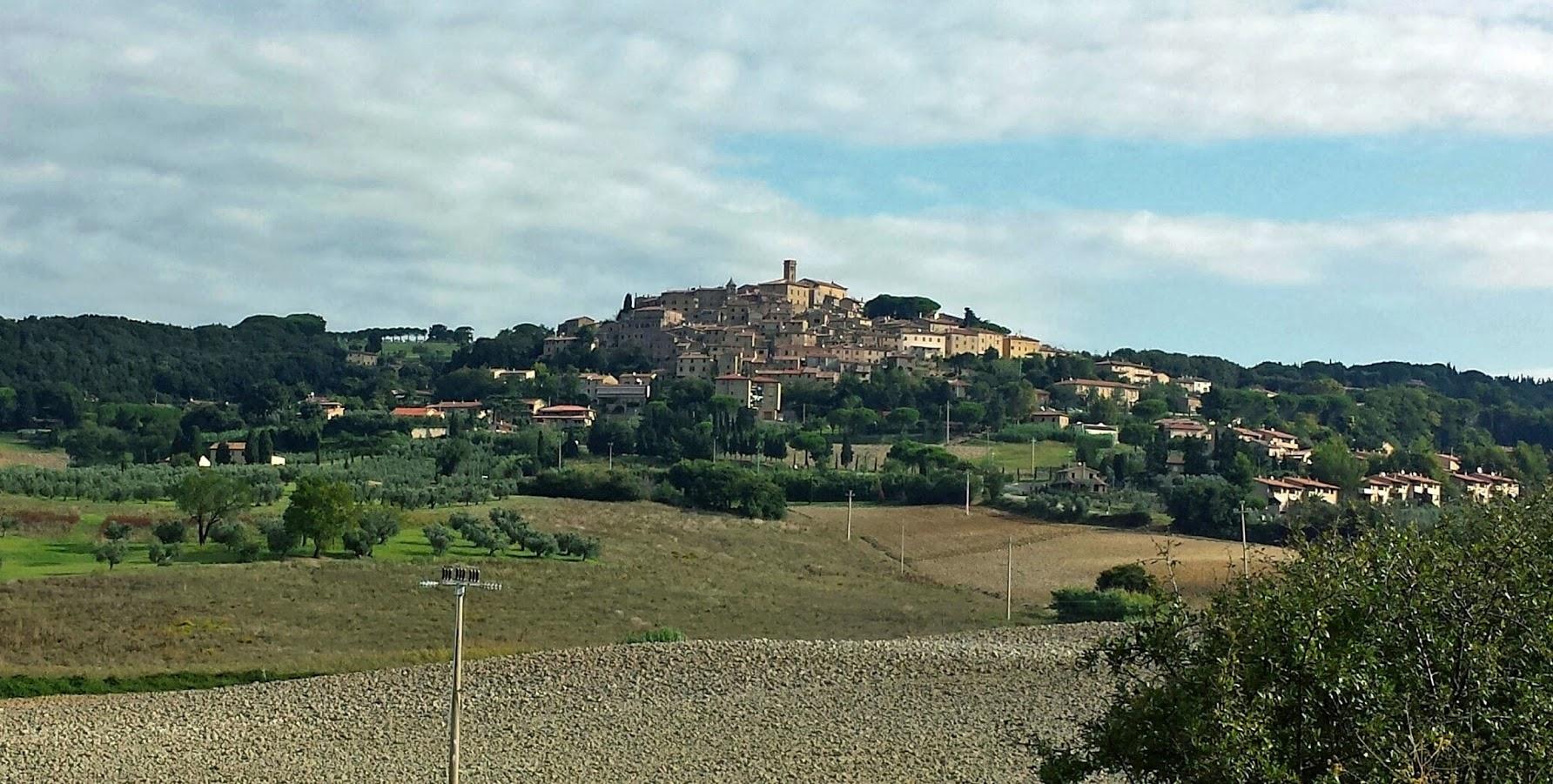 castagneto panorama dalla bolgherese - Borghi Medievali - Hotel I Ginepri